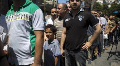 GAZAN PUBLIC SERVANTS STRIKE OVER PAY DISPUTE