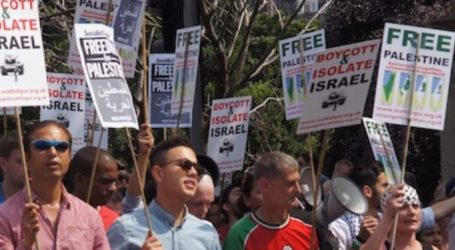 SCOTS HOLD ANTI-ISRAEL DEMONSTRATION