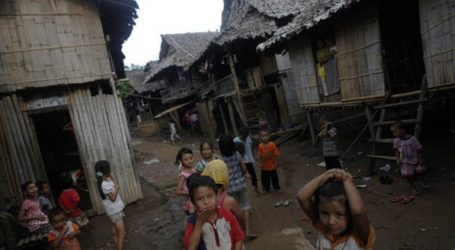 THAI AND BURMESE ARMIES TO DISCUSS REFUGEE REPATRIATION IN AUGUST