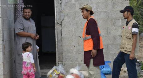 MER-C DISTRIBUTES AID DIRECTLY TO GAZAN HOMES