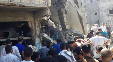 ISRAEL PREPARES GROUND  STRIKES TO GAZA