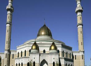 US MUSLIMS FACING IMAM SHORTAGE