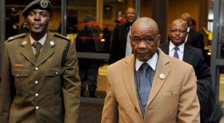 LESOTHO RIVALS AGREE TO FURTHER TALKS