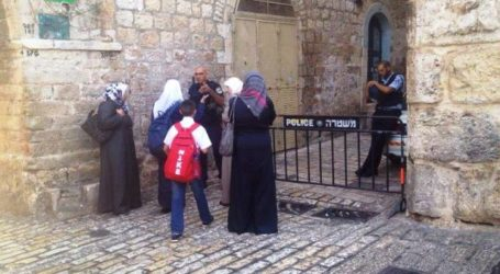 ISRAELI POLICE BAR ENTRY OF PALESTINIAN WOMEN TO AQSA MOSQUE, ALLOW IN SETTLERS