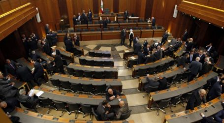 Former Lebanese PM Propose Mustapha Adib to Lead the Country