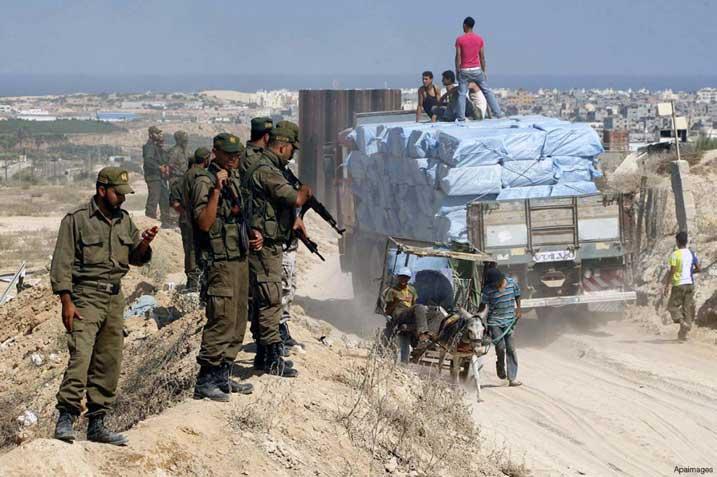 palestinian-border-police-monitor