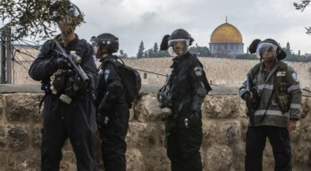 ISRAEL CONTINUES TO IMPOSE RESTRICTIONS ON AQSA MOSQUE