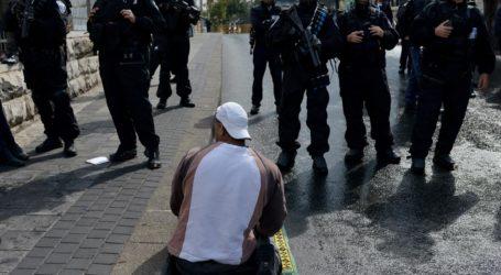 PROTESTS OUTSIDE ISRAELI CONSULATE IN ISTANBUL FOLLOWING AL-AQSA CLOSURE