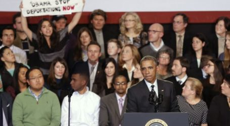 OBAMA REPEATEDLY HECKLED OVER IMMIGRATION POLICY