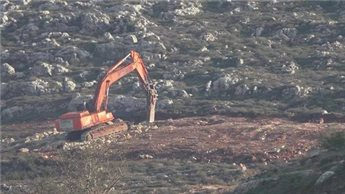 OFFICIAL: SETTLERS EXPAND ILLEGAL OUTPOST NEAR NABLUS