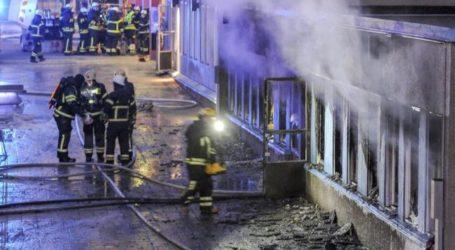 PROTESTERS DENOUNCE MOSQUE ARSON ATTACK IN SWEDEN