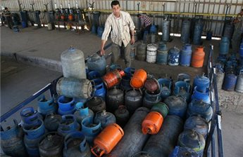 TAX DISPUTE LEADS TO GAS SHORTAGE IN GAZA