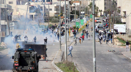 AT LEAST 14 KIDNAPPED IN WEST BANK AND EAST AL QUDS