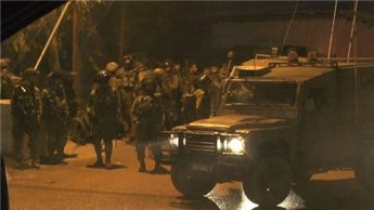 ISRAELI OCCUPATION FORCES DETAIN 32 YOUNG PALESTINIANS INCLUDING MINORS