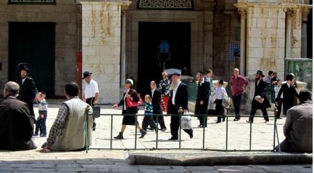 60 ISRAELI SETTLERS STORM AL-AQSA MOSQUE