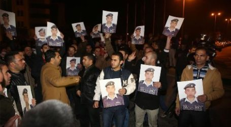 BROTHERHOOD IN JORDAN URGES GOVERNMENT TO SAVE ABDUCTED PILOT