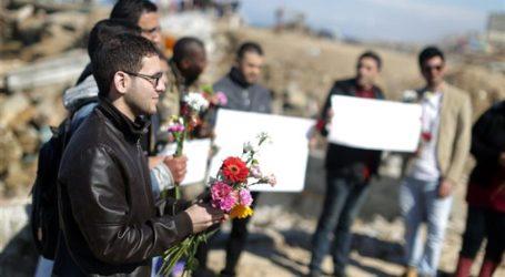 GAZA RALLY SLAMS SLAYING MUSLIM STUDENTS IN US
