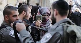 ISRAEL POLICEMEN ARREST TWO WOMEN, COURT SENTENCES JOURNALIST