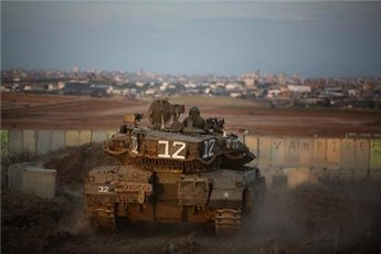 ISRAELI FORCES OPEN FIRE ON GAZA BORDER NEAR KHAN YOUNIS