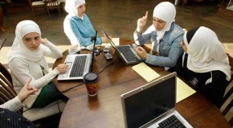 US MUSLIM PARENTS FACE EDUCATION CHALLENGES