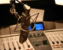 UK'S FIRST MUSLIM RADIO APPROVED