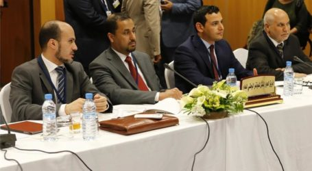 LIBYA'S RIVAL GOVERNMENTS A STEP CLOSER TO PEACE DEAL