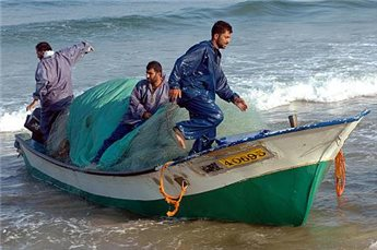 GAZA FISHERMAN DIES AFTER ISRAELI FORCES FIRE ON BOATS