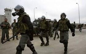ISRAELI FORCES STORM ESHEL JAIL, SEIZE PRISONERS' DEVICES