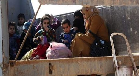 DISPLACED IRAQIS STRANDED OUTSIDE BAGHDAD