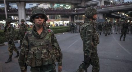 THAI MUSLIMS SLAIN IN SOUTH 'NOT LINKED TO INSURGENCY'