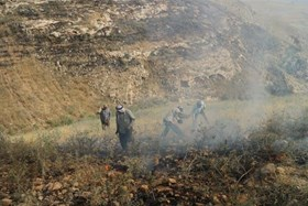 ISRAELI ARMY DRILLS CONTINUE TO SET FIRE TO PALESTINIAN LANDS