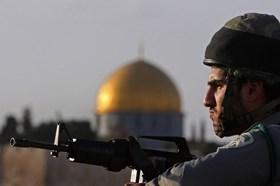1300 ISRAELIS BREAK INTO AL-AQSA MOSQUE DURING APRIL