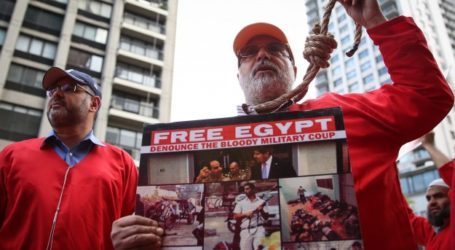 MORSI DEATH SENTENCE PROTESTED BY EGYPTIANS IN NEW YORK