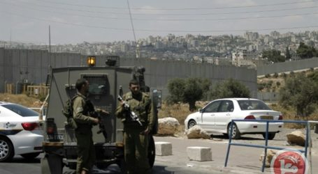 Jewish Settlers Begin to Build Post in the South West Bank