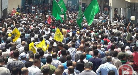8 PALESTINIANS INJURED IN CLASHES NEAR JALAZUN AFTER TEEN'S FUNERAL