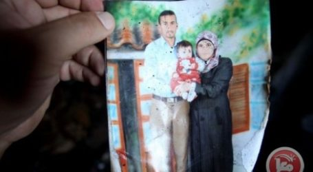 FATHER OF SLAIN PALESTINIAN INFANT DIES FROM HIS WOUNDS