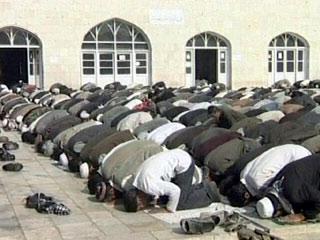 ORLANDO AIRPORT WILL OPEN MUSLIM PRAYER ROOM