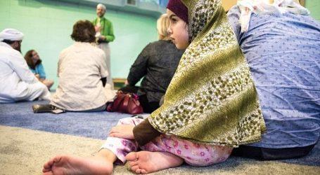 MUSLIMS OPEN DOORS OF JANESVILLE'S 1ST MOSQUE