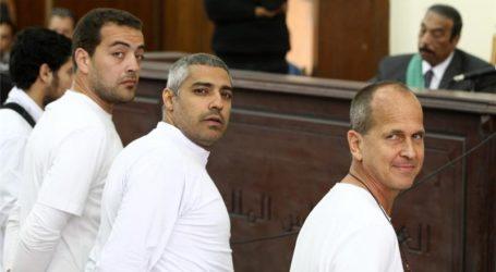 3 AL-JAZEERA JOURNALISTS IN EGYPT SENTENCED TO 3 YEARS IN JAIL