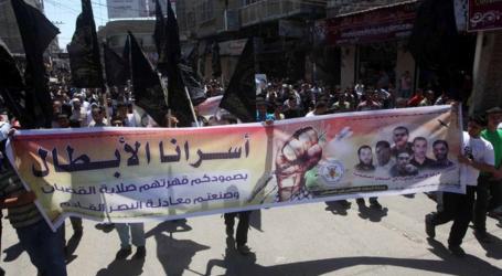 120 PRISONERS GO ON HUNGER STRIKE IN NAFHA JAIL