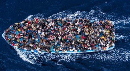 MEDITERRANEAN MIGRANT CROSSINGS TOP 300,000 IN 2015