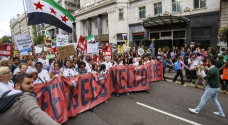 PROTESTS HELD IN DENMARK, HUNGARY, AUSTRIA AND UK CHANTING 'REFUGEES WELCOME'