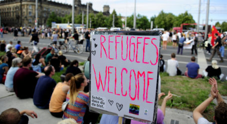 THOUSANDS PROTEST ACROSS EUROPE IN SUPPORT OF REFUGEES