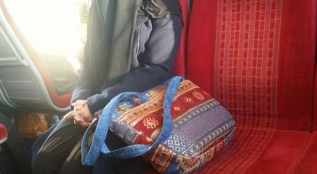COMMUTER SHOWS KINDNESS TO MUSLIM ON TRAIN