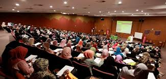 REVERTS ON THE PATH OF KNOWLEDGE TO ISLAM