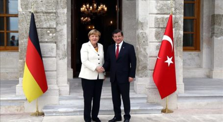 PM: TURKEY READY TO COOPERATE WITH EU ON REFUGEE CRISIS