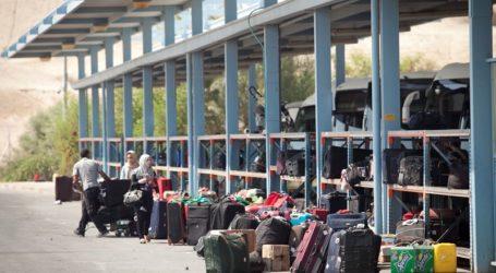 ISRELI BANS TRAVEL OF 96 PALESTINIANS DURING OCTOBER