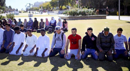 US MUSLIMS FEAR BACKLASH AFTER SHOOTING