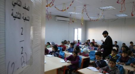 TURKEY PROVIDES EDUCATION FOR 300,000 SYRIAN REFUGEES