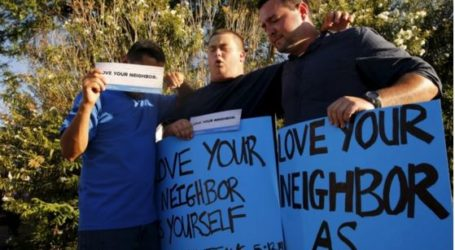 A CHRISTIAN'S MESSAGE TO ARIZONA MOSQUE: 'YOU MAKE ME A BETTER PERSON.'
